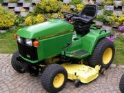 Zahradní traktor rider